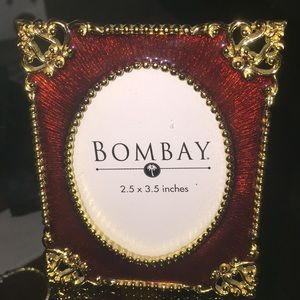 Bombay picture frame